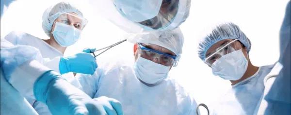 Черкаські онкологи оперують на новому обладнанні