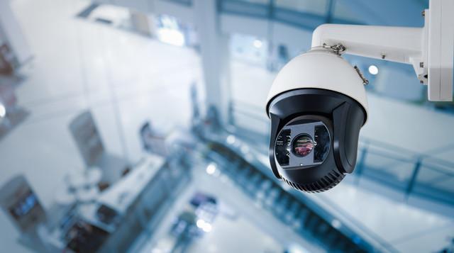 У черкаських ТРЦ можуть встановити камери спостереження для контролю маскового режиму