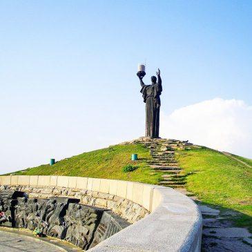 У міській раді хочуть оновити Пагорб Слави і збудувати третю підйомну смугу